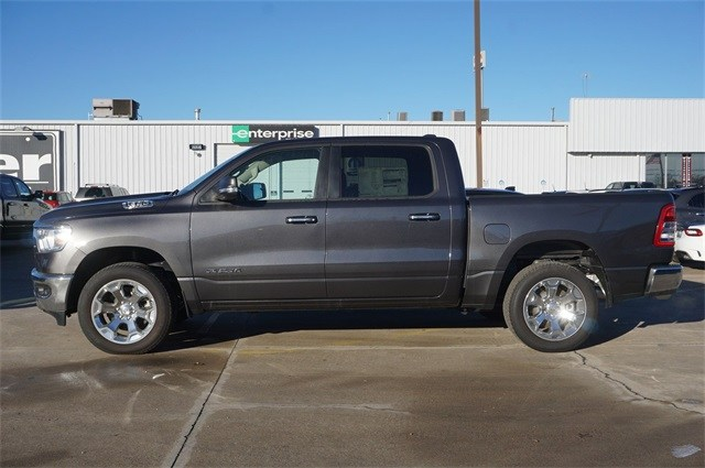2019 Ram 1500 Crew Cab 4x4,  Pickup #KN565469 - photo 5