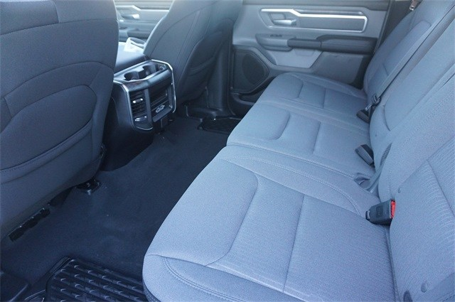 2019 Ram 1500 Crew Cab 4x4,  Pickup #KN565469 - photo 31
