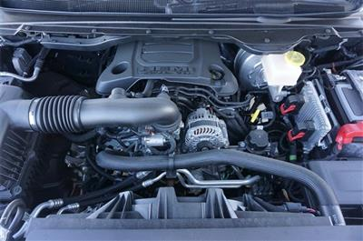 2019 Ram 1500 Crew Cab 4x4,  Pickup #KN565469 - photo 32