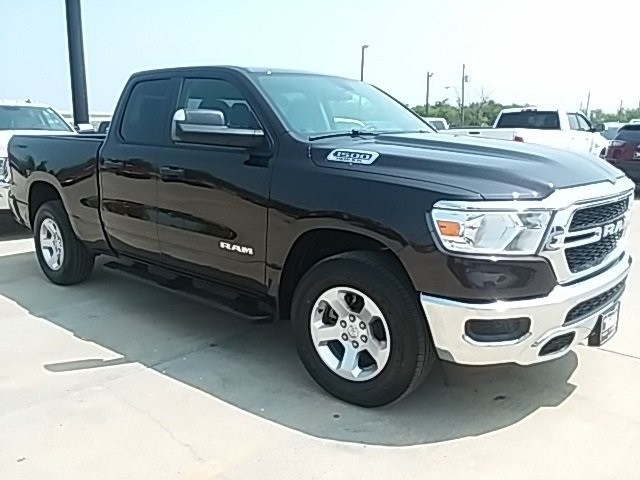 2019 Ram 1500 Quad Cab 4x2,  Pickup #KN568091 - photo 1