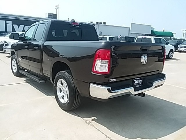 2019 Ram 1500 Quad Cab 4x2,  Pickup #KN568091 - photo 2