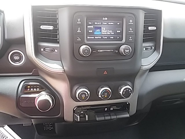 2019 Ram 1500 Quad Cab 4x2,  Pickup #KN568091 - photo 10