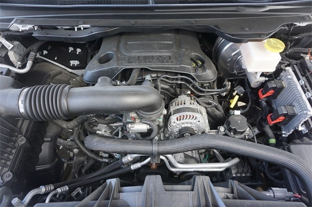 2019 Ram 1500 Crew Cab 4x2,  Pickup #KN578002 - photo 31