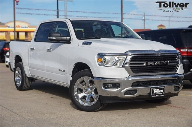 2019 Ram 1500 Crew Cab 4x2,  Pickup #KN578002 - photo 1