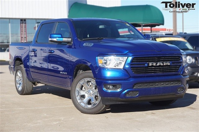 2019 Ram 1500 Crew Cab 4x2,  Pickup #KN596464 - photo 1