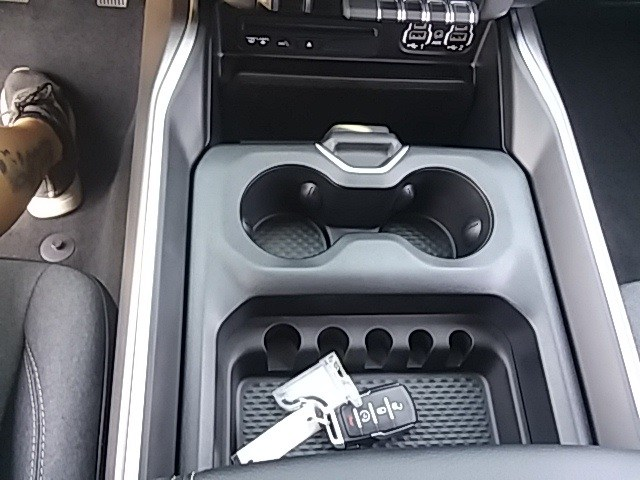 2019 Ram 1500 Crew Cab 4x2,  Pickup #KN596478 - photo 13