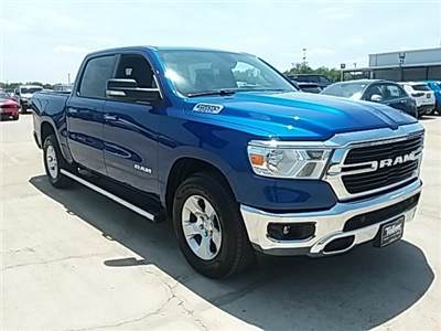 2019 Ram 1500 Crew Cab 4x2,  Pickup #KN596478 - photo 1