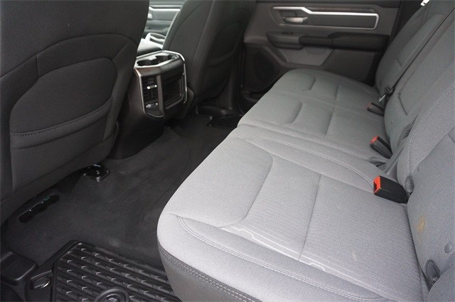 2019 Ram 1500 Crew Cab 4x4,  Pickup #KN653947 - photo 30