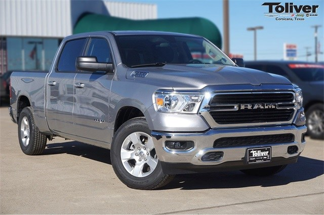 2019 Ram 1500 Crew Cab 4x2,  Pickup #KN666808 - photo 1