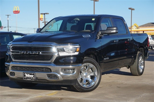 2019 Ram 1500 Crew Cab 4x2,  Pickup #KN679765 - photo 4
