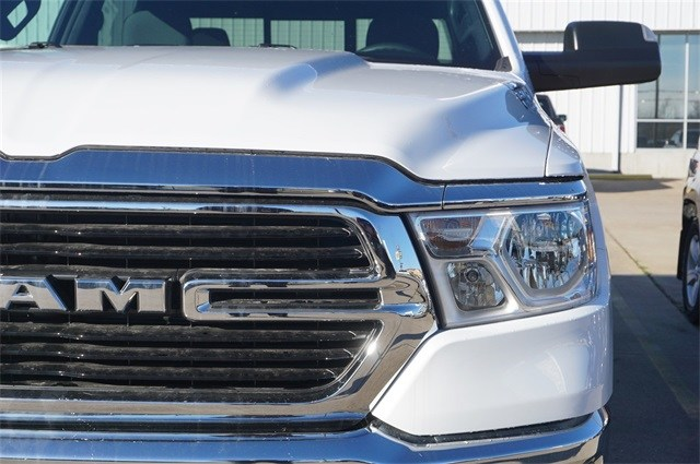 2019 Ram 1500 Crew Cab 4x2,  Pickup #KN684488 - photo 9