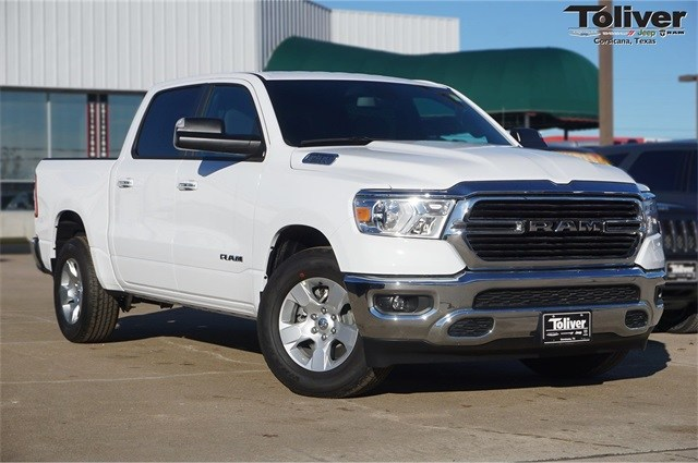 2019 Ram 1500 Crew Cab 4x2,  Pickup #KN684488 - photo 1