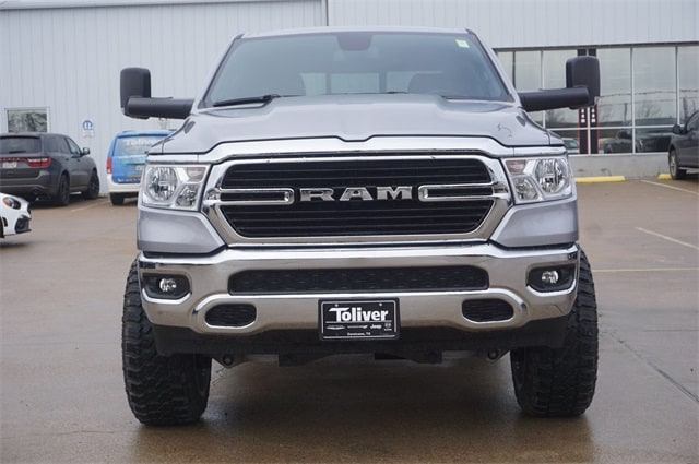2019 Ram 1500 Crew Cab 4x4,  Pickup #KN693085 - photo 3