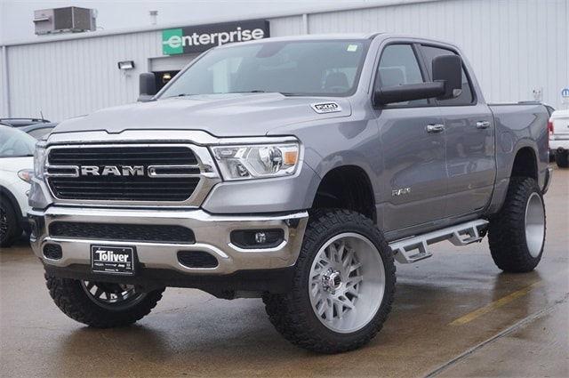 2019 Ram 1500 Crew Cab 4x4,  Pickup #KN693085 - photo 4