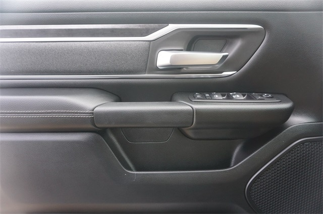 2019 Ram 1500 Crew Cab 4x4,  Pickup #KN693085 - photo 23