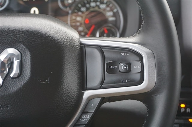 2019 Ram 1500 Crew Cab 4x4,  Pickup #KN693085 - photo 28