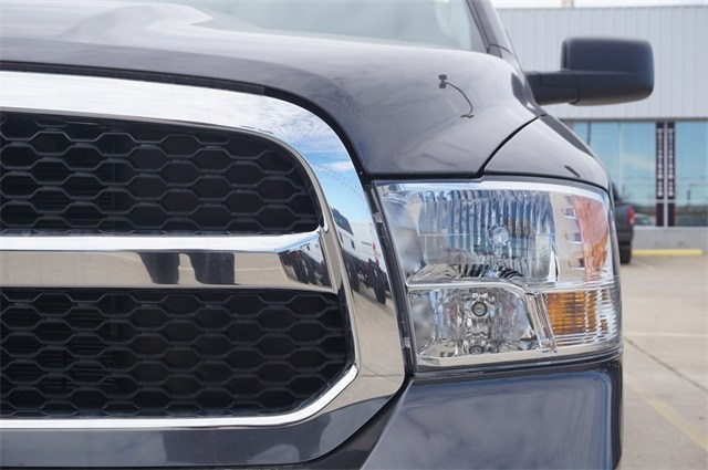 2019 Ram 1500 Quad Cab 4x2,  Pickup #KS530183 - photo 9