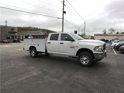 2018 Ram 3500 Crew Cab 4x4, Service Body #AA200 - photo 24