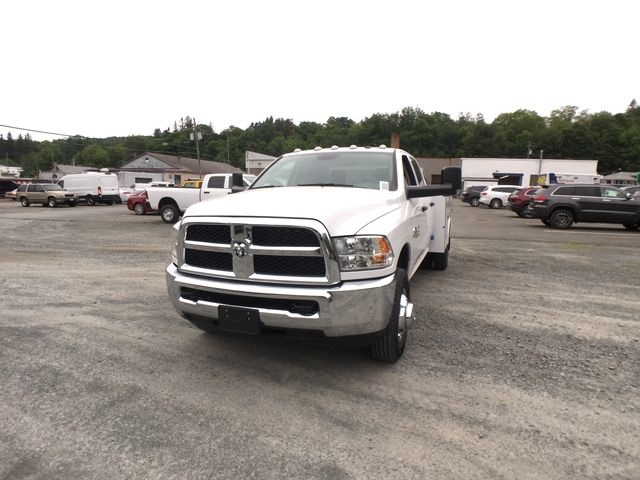 2018 Ram 3500 Crew Cab DRW 4x4,  Reading Service Body #AA273 - photo 7