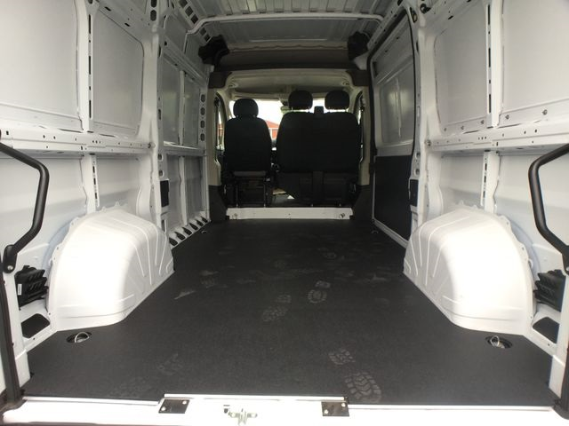 2018 ProMaster 2500 High Roof FWD,  Empty Cargo Van #AA458 - photo 2