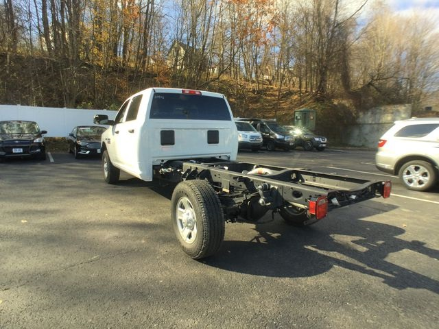 2018 Ram 3500 Crew Cab 4x4,  Cab Chassis #AA513 - photo 14