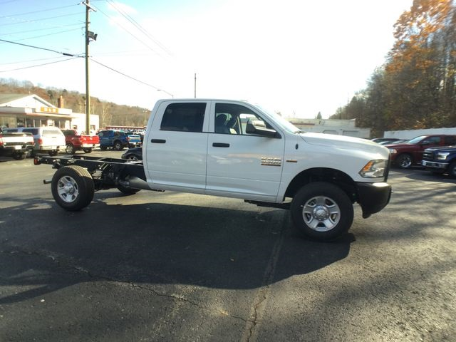 2018 Ram 3500 Crew Cab 4x4,  Cab Chassis #AA513 - photo 23