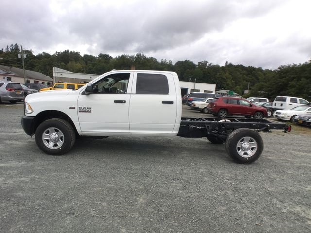 2018 Ram 3500 Crew Cab 4x4,  Cab Chassis #AA514 - photo 11