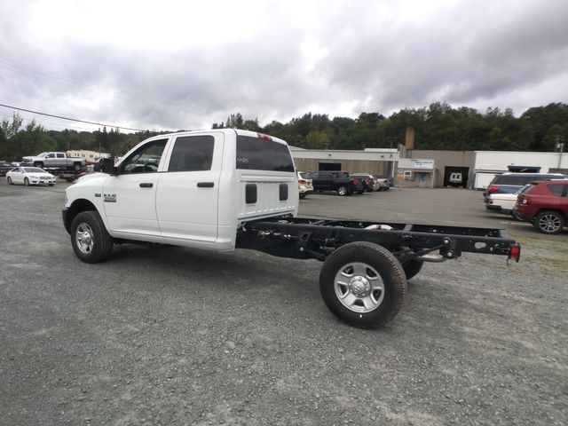 2018 Ram 3500 Crew Cab 4x4,  Cab Chassis #AA514 - photo 13