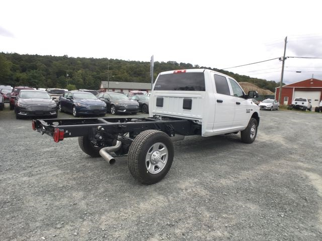 2018 Ram 3500 Crew Cab 4x4,  Cab Chassis #AA514 - photo 18