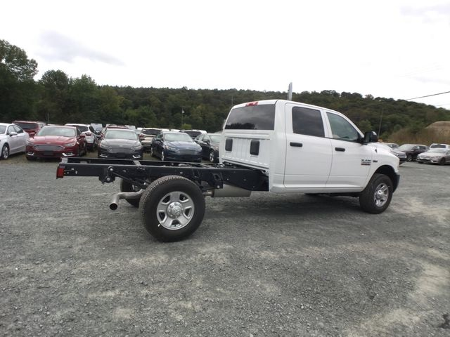 2018 Ram 3500 Crew Cab 4x4,  Cab Chassis #AA514 - photo 19