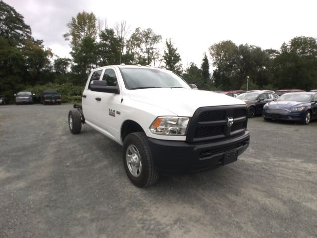 2018 Ram 3500 Crew Cab 4x4,  Cab Chassis #AA514 - photo 4
