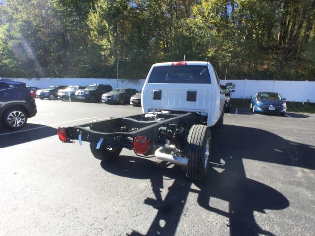 2018 Ram 3500 Crew Cab 4x4,  Cab Chassis #AA535 - photo 17