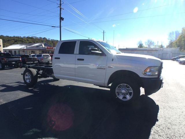 2018 Ram 3500 Crew Cab 4x4,  Cab Chassis #AA535 - photo 24