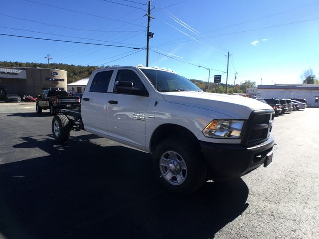 2018 Ram 3500 Crew Cab 4x4,  Cab Chassis #AA535 - photo 25