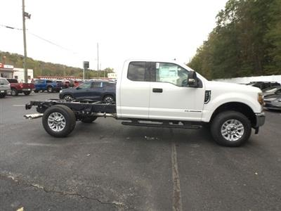2019 F-350 Super Cab 4x4,  Cab Chassis #BF007 - photo 22