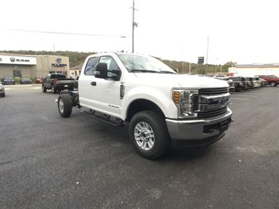 2019 F-350 Super Cab 4x4,  Cab Chassis #BF007 - photo 25
