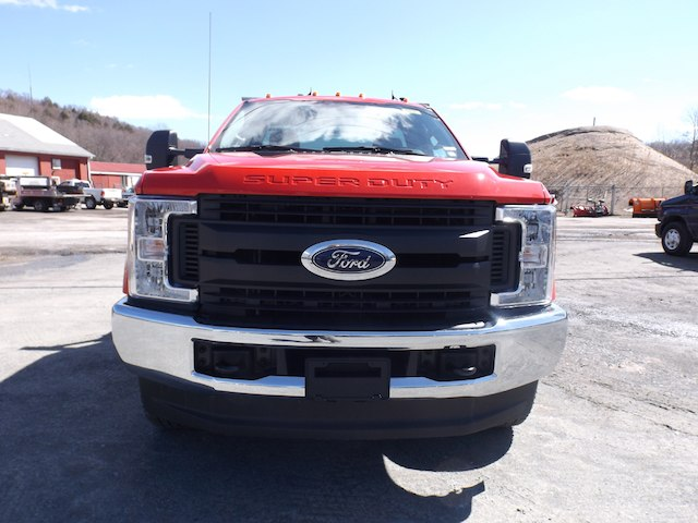 2017 F-250 Regular Cab 4x4, Pickup #YF264 - photo 4