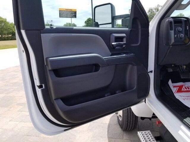 2019 Chevrolet Silverado Medium Duty Regular Cab DRW 4x4, Miller Industries Century Rollback Body #28154 - photo 12
