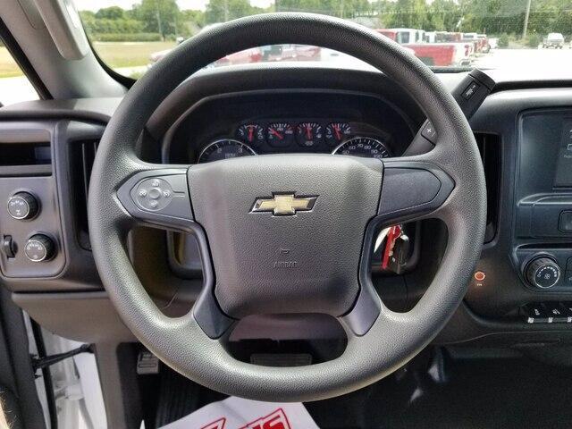 2019 Chevrolet Silverado Medium Duty Regular Cab DRW 4x4, Miller Industries Century Rollback Body #28154 - photo 17