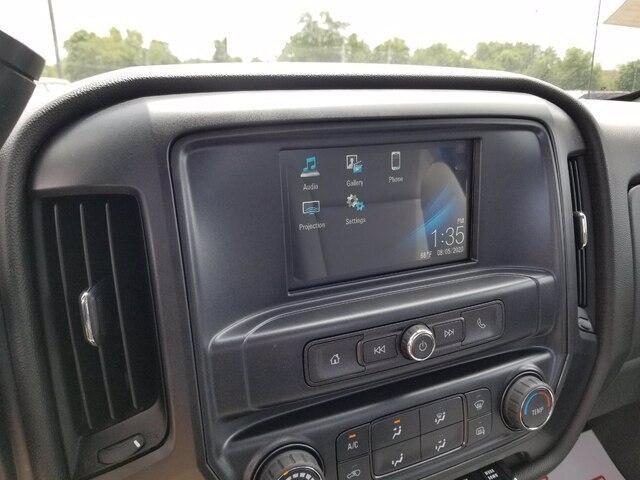 2019 Chevrolet Silverado Medium Duty Regular Cab DRW 4x4, Miller Industries Century Rollback Body #28154 - photo 22