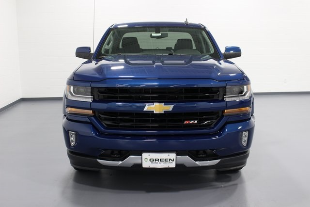 2018 Silverado 1500 Double Cab 4x4, Pickup #E20013 - photo 3