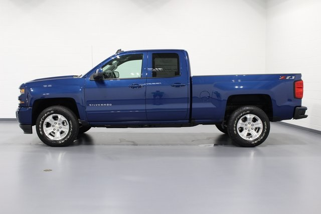 2018 Silverado 1500 Double Cab 4x4, Pickup #E20013 - photo 5
