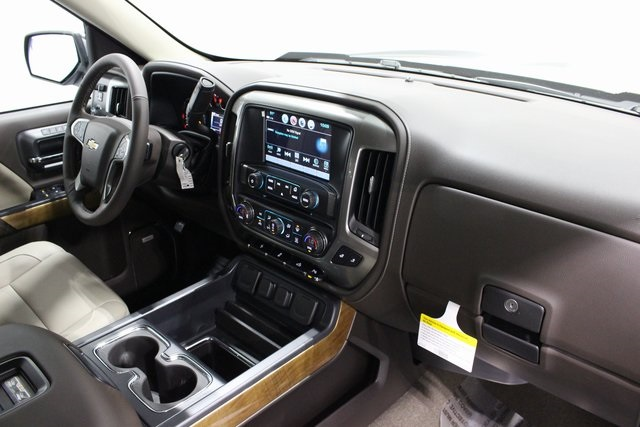 2018 Silverado 1500 Double Cab 4x4, Pickup #E20277 - photo 19