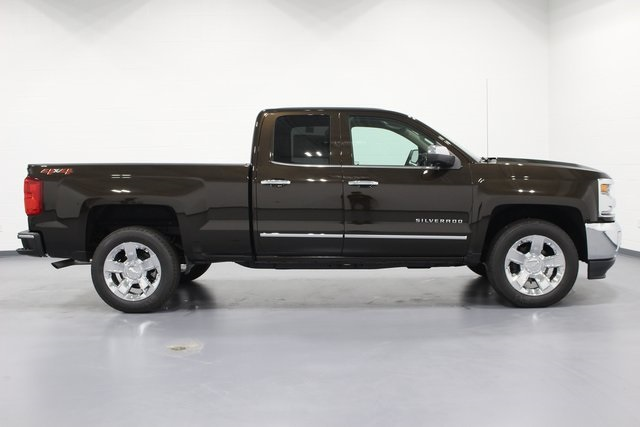 2018 Silverado 1500 Double Cab 4x4, Pickup #E20277 - photo 8