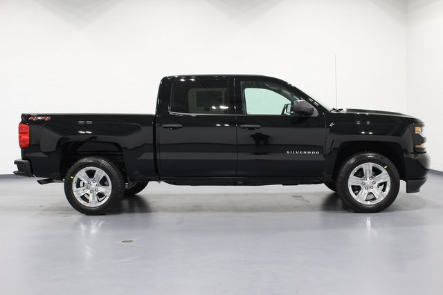 2018 Silverado 1500 Crew Cab 4x4,  Pickup #E20312 - photo 8