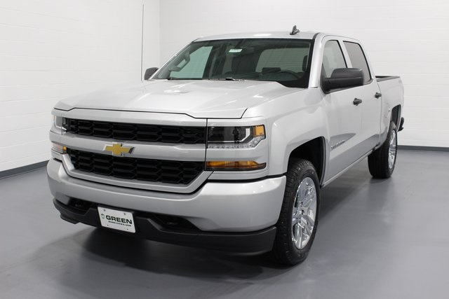 2018 Silverado 1500 Crew Cab 4x4,  Pickup #E20332 - photo 4