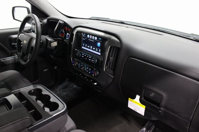 2018 Silverado 1500 Crew Cab 4x4, Pickup #E20357 - photo 20