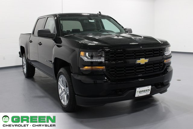 2018 Silverado 1500 Crew Cab 4x4, Pickup #E20385 - photo 1