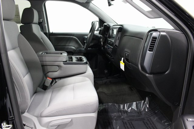 2018 Silverado 1500 Crew Cab 4x4, Pickup #E20385 - photo 19
