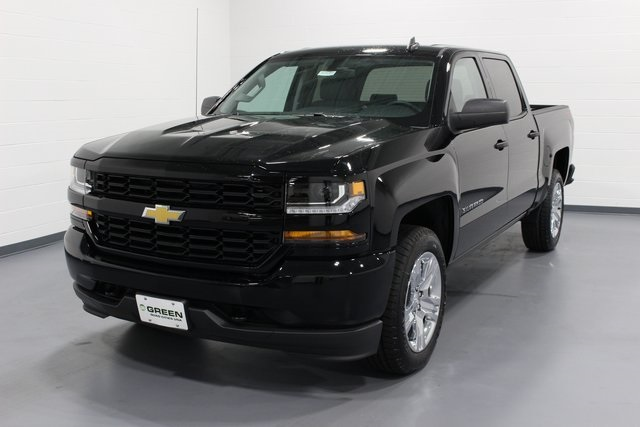 2018 Silverado 1500 Crew Cab 4x4, Pickup #E20385 - photo 4